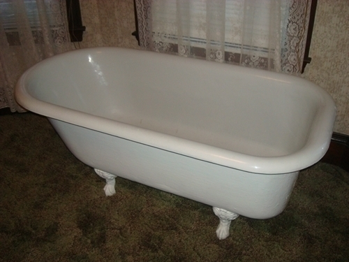 Antique Clawfoot Bathtub In Mint Condition In Boston MA 02108