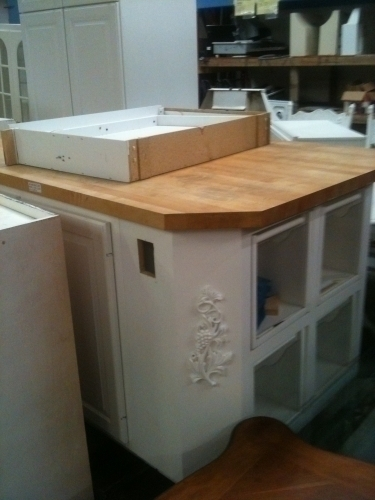 Cabinet set kitchen upper lower in johns island sc for Upper cabinets for sale
