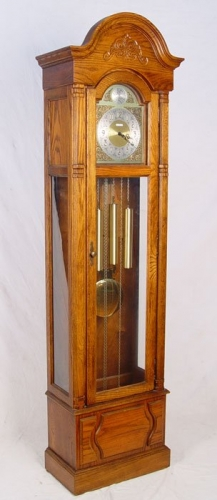 Howard Miller Oak Grandfather Clock Model 610-160 in New Orleans, LA 70112 : DiggersList.com