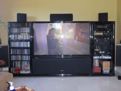projection television Rear-projection television (rptv) is a type of large-screen television display technology until approximately 2006, most of the relatively affordable consumer large.